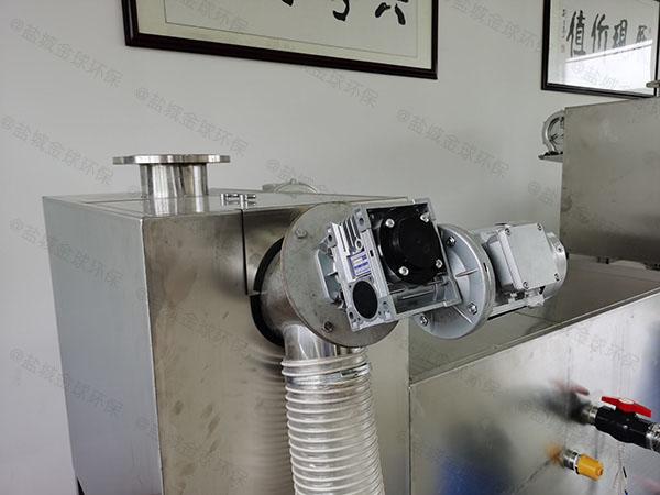 餐用中小型地下多功能成品隔油装置产品介绍