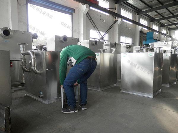 2号小餐馆潲水排水隔油器的维护