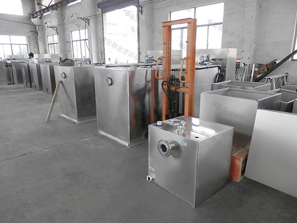 100人厨房洗菜盆下水砖砌气浮式隔油设备的维护