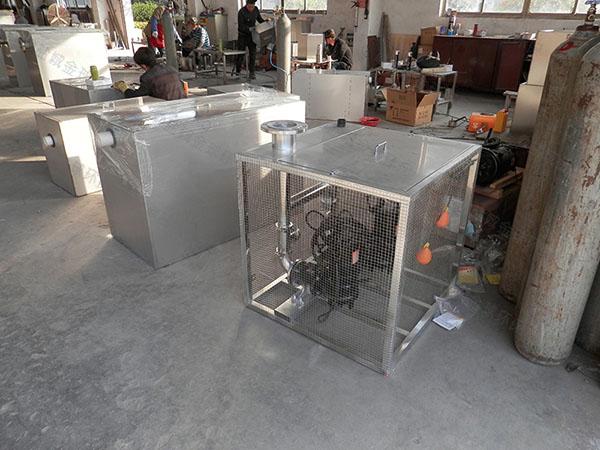 500人厨房洗菜盆下水泔脚排水隔油器改造价格